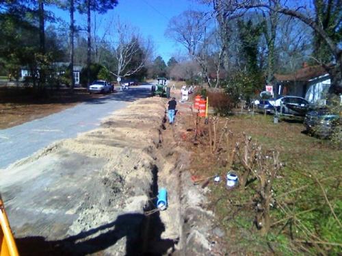 PE08142_construction